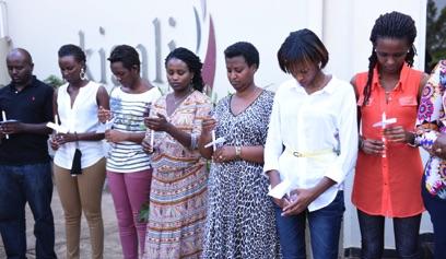 04 Rwandan survivors commemorate