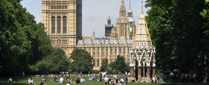The UK's new national Holocaust memorial will be built alongside the Buxton memorial in Victoria Gardens, in sight of Parliament. Photo: Andreas Praefcke (CC BY 3.0)