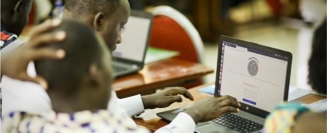 Rwandan teachers explore a pilot version of the Ubumuntu Digital Platform - www.ubumuntu.rw